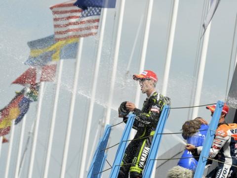 ロレンソ リタイア、ストーナー今季3勝目でポイント並ぶ  MotoGP