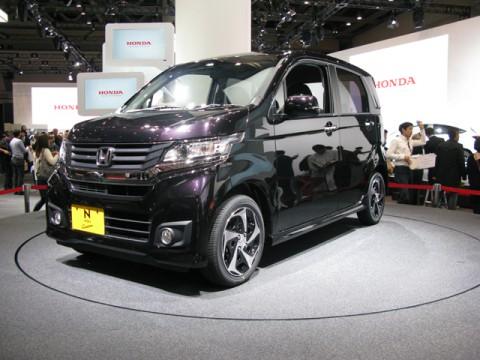 昨年、日本で発売された新型車のなかで、衝突安全基準・最良の「5つ星」受賞車は、これだ!