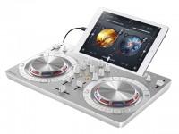 画像・パイオニアがAVに続きDJ機器部門も売却 苦境に立つ音響業界