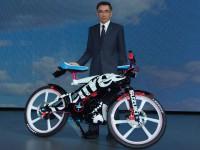 【東京モーターショー2015】クロスバイク+50ccエンジンという新たな提案