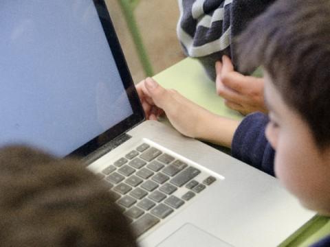 小学生にプログラミング教育は必要か