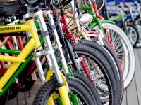 画.2020年に向けて自転車は所有からシェアリンク_へ ト_コモ・ハ_イクシェアとフ_リチ_ストンサイクルか_連携