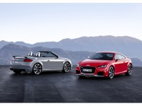 Audi TT RS Coupé and TT RS Roadster: the sporty vanguard of the