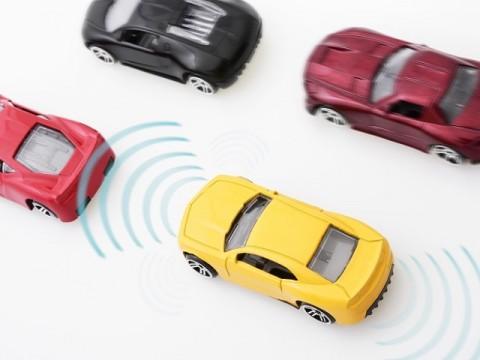 国交・経産省、2020年までに自動ブレーキ搭載車を9割超に高める方針