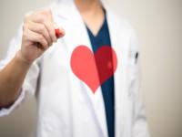 画.心疾患予防に革命 AI搭載のモバイル心電計開発へ