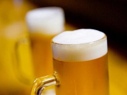 お酒は庶民の娯楽じゃなくなる!?アルコール規制に反発強まる