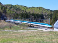 57.北海道新幹線開業でJR北海道が約100億円の赤字決算に
