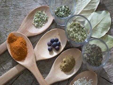 消費を動かす「オーガニック市場」で注目の「アピセラピー美容」