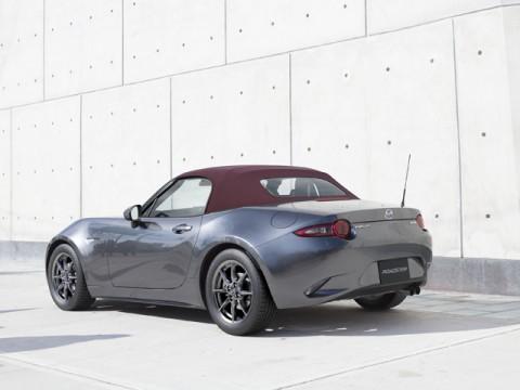 マツダ、「ロードスター」をマイナーチェンジ、同時に特別仕様車「RED TOP」発表