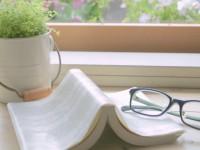 画・日本人の最近の読書傾向 主に紙媒体利用が9割以上