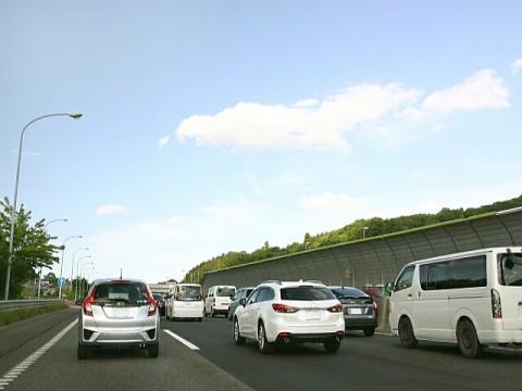 ドライブレコーダー、10月以降販売が急増。危険運転への対応