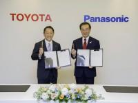 Toyota_Pana
