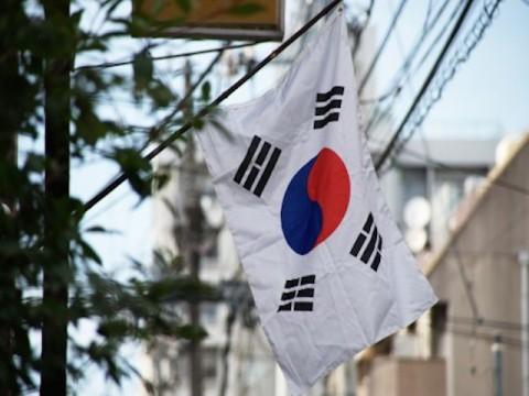 韓国は日韓合意履行を、総理は五輪開会式出席を