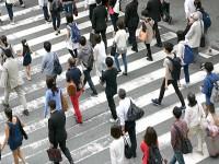 画・2017年、日本の人口。日本人減少、外国人大幅増加。
