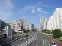 画・進化している道路塗装、事故防止に効果絶大