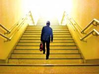 画・定年後の再雇用、企業側の思惑と待遇に違い