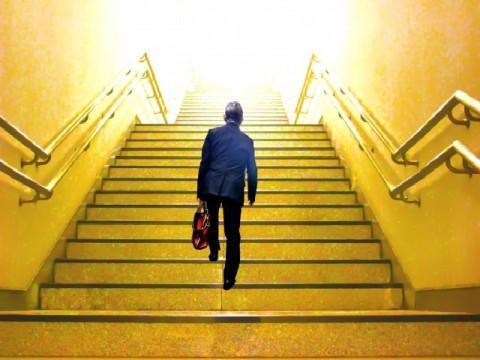 定年後の再雇用、企業側の思惑と待遇に違い