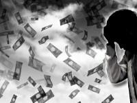 画・生活苦による多重債務が最多。65%が誰にも相談できず。