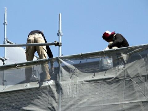 人手不足、建設業で高水準ながらも減少傾向、代って情報通信で上昇傾向