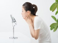 画・IT技術の導入進む化粧品市場 各社が顧客満足度の向上狙う