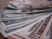 画・外貨建て資産増加 国内超低金利を嫌気か