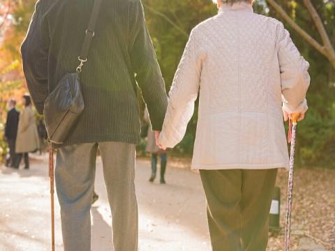 100歳以上が7万人の大台に突入。認知症リスクを低減する「認トレ(R)」のススメ