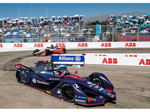 フォーミュラE第3戦、気温37℃の過酷なレースを勝利したのはAudi e-tron FE05