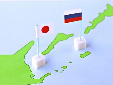 親近感、韓国4割、中国、ロシア2割。関係の発展は重要7割超。~内閣府世論調査