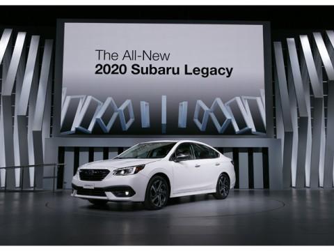 SUBARU、米国中の「シカゴオートショー」で新型「レガシィ」を世界初公開