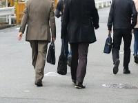 画・正社員の9割「少なくとも65歳まで働く」。「役職定年制」反対4割。