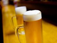 画・日本人の酒離れ止まらず。国内酒類は縮小傾向、軽減率なき消費税で大打撃か。