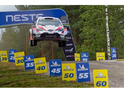 WRC第9戦、ラリー・フィンランドでトヨタ優勝、ドライバーズポイントでトップ