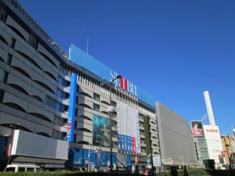 百貨店販売減少続くが近畿で回復傾向。家電が5割増。訪日客シェアは上昇