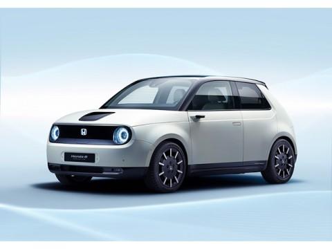 ホンダ、量産EV「Honda e」を公開、同時にハイブリッドを2モーター式に統一