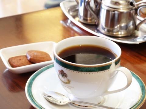 喫茶店の倒産が急増。大手やコンビニとの競争激化。人手不足も背景。~TSR