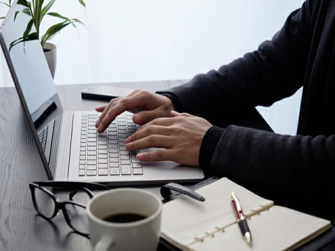 テレワーク、在宅勤務を実施の企業3割未満。増加傾向もセキュリティ・情報保護で課題