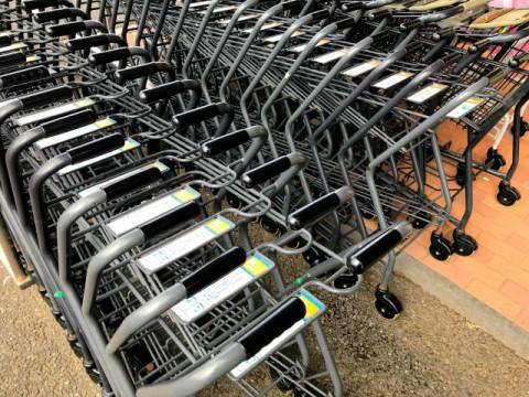 消費支出、前年比3%超えの大きな減少。実収入は増加 ~総務省