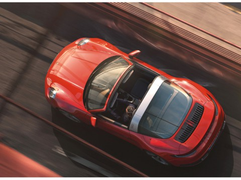 ポルシェ、ブランドのアイコンたる「911」のタルガトップモデルを日本発売
