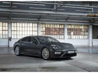 Porsche Panamera_edited1