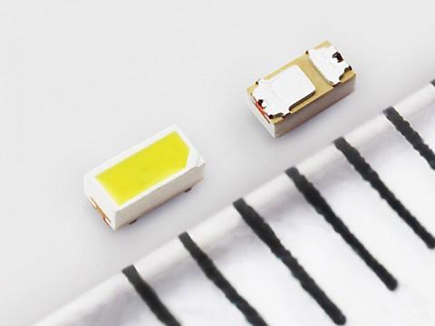 業界最小クラスの高光度白色LEDが爆誕。ドローンや自動車の未来が、より明るく、より安全に!